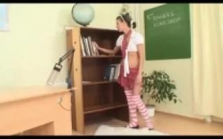 فيديو سكس الاب وابنته مترجم صدفه المتعه مقاطع-خالية من تهمة فيديو ...