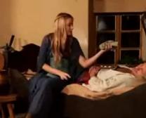 Abigaile Johnson Uber-Hook-Up Ładny Odcinek Redtube Darmowe Filmy Porno Nastolatki Blond Filmy I Spinaczy Do Bielizny