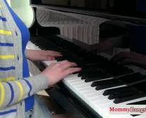 Mamãe Musical Troca De Porra Com Stepteen
