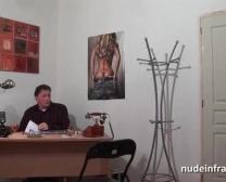 Ffm Raczkujący Arab Cougar Uderzył Sztywny Penis Orurowany I Fałszywy Jej Przesłuchania Łóżku