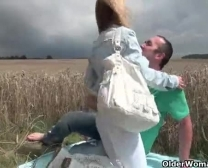 اغتصاب الام غصبن عنها من ابناءXnxx