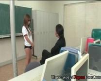 2011623 غير خاضعة للرقابة دمية المدرسة اليابانية وظيفة عن طريق الفم وإبريق المحراث 1