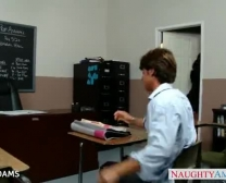 المعلم في النظارات أدامس افا يحصل محدب الأبواق الضخمة
