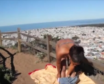 Nackt In San Francisco 18-Jährige Ebenholz Nymphe Wichst Im Park