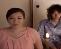 قصة عن الأم اليابانية مع ابنه وزملائه - وليس فيلم لها حقيقي جميل فيلم X