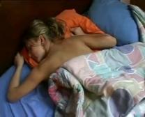 Hija Se Hace Dormida