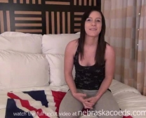 New British American Woman Hôtel Faisant La Pornographie Coulée